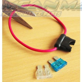 Plastic water resistant inline fuse holder for maxi blade type car fuse